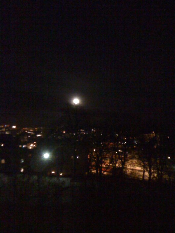 Moon over Oslo